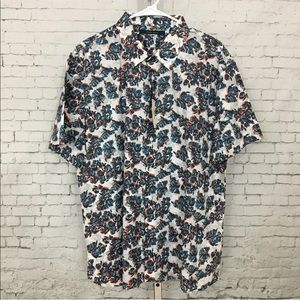 Perry Ellis short sleeve casual button up shirt